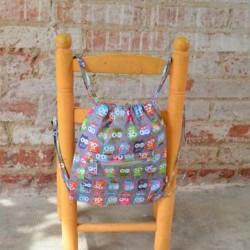Mochila Guarderia buhos gris silla