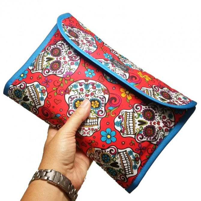 Diaper and wipes pouch - red folk skull